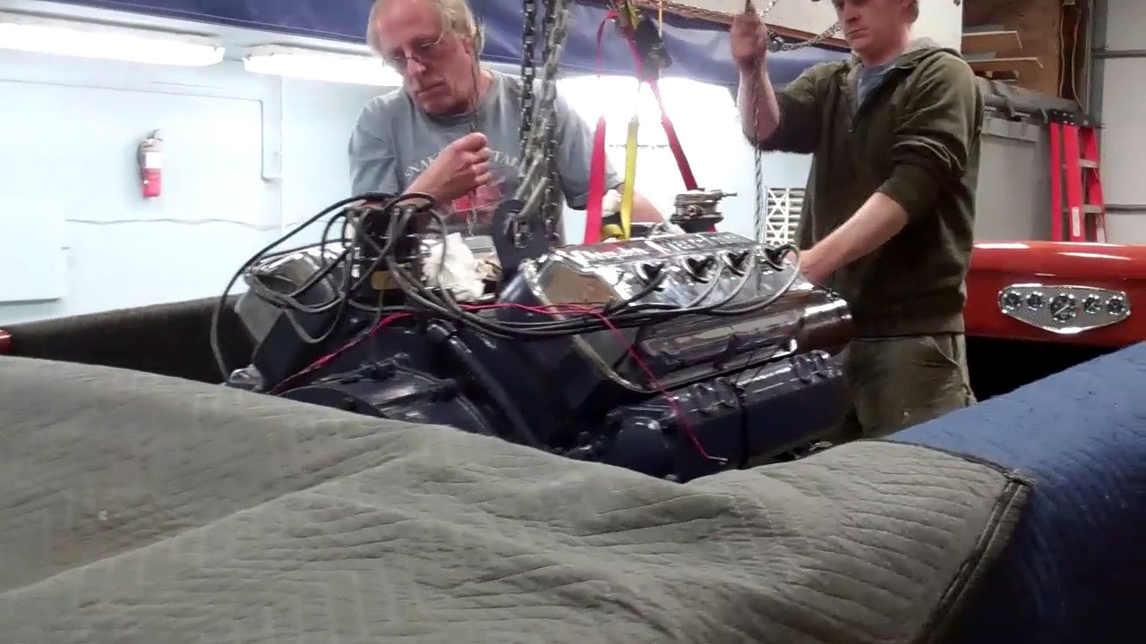 1953 331 dual quad hemi drops in shepherd engine bay