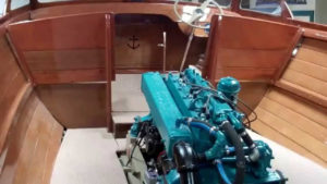 1955 lyman runabout restoration near complet, engine mounted