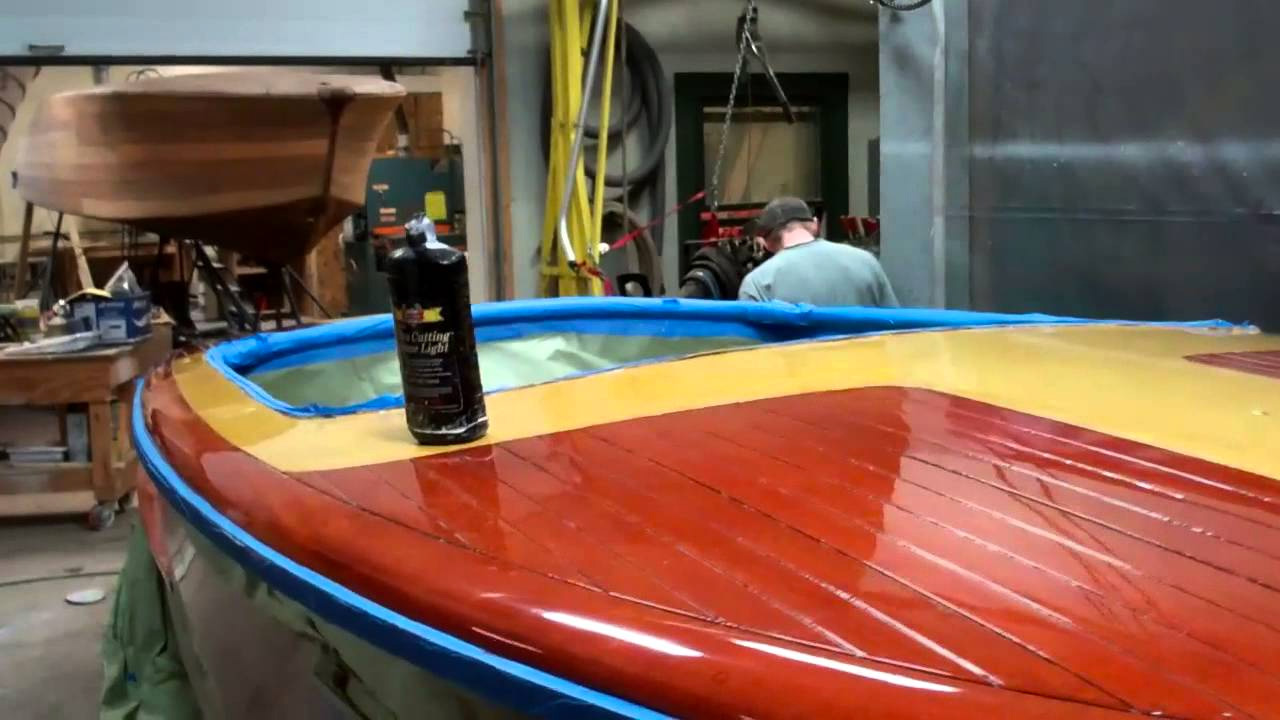 1952 chris craft riviera buffing